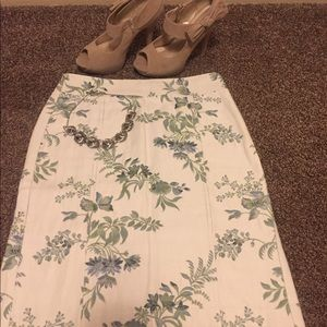 Ann Taylor Ivory/Blue/Green Pencil Skirt